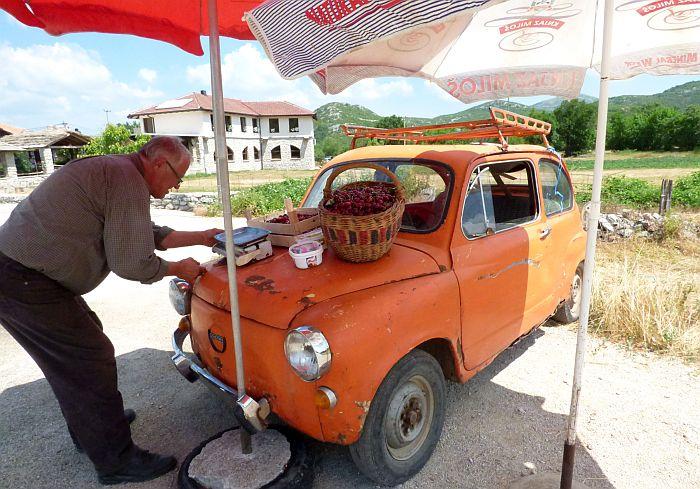 balkans-cherry-seller.jpg