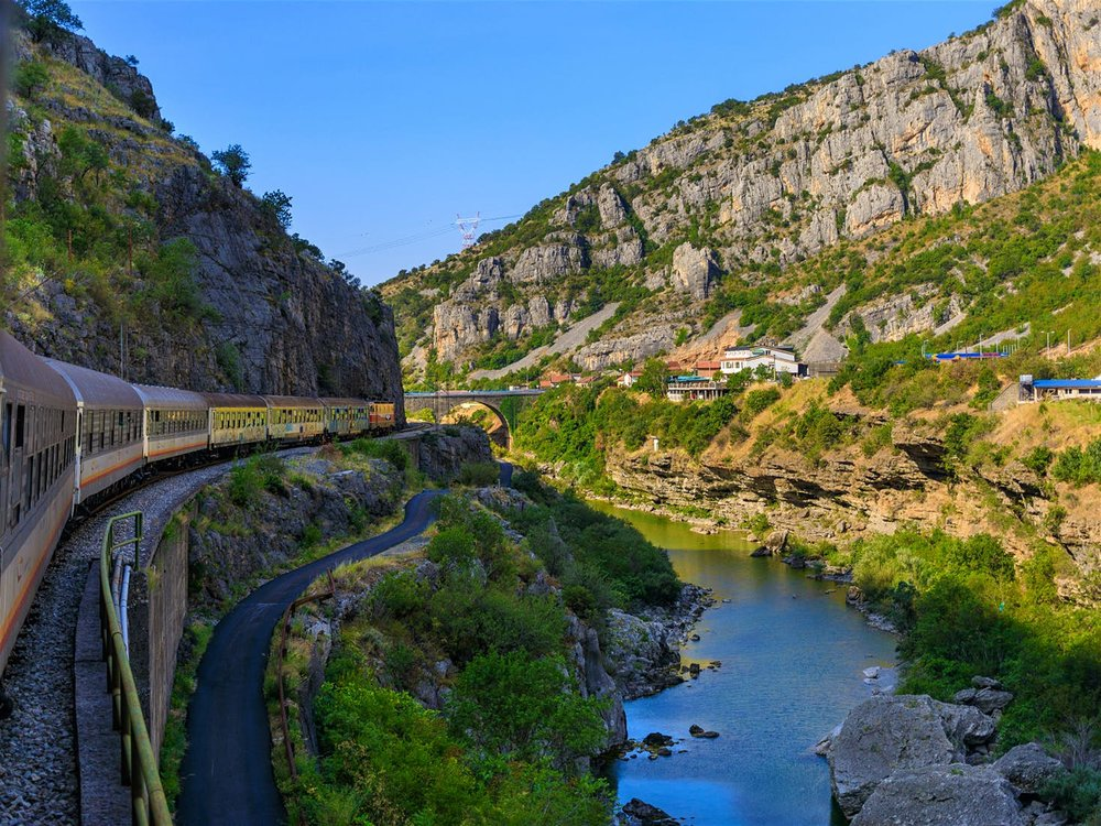 The view from the Belgrade–Bar train as it trundles through Montenegro's mountains © sashk0 / Shutterstock