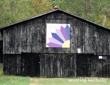 Quilt Pattern on Kentucky Barn