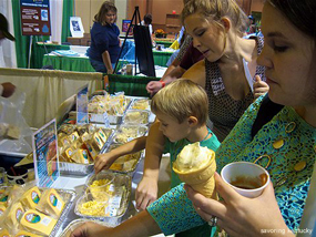 Incredible Food Show guests taste Boone Creek Creamery cheeses