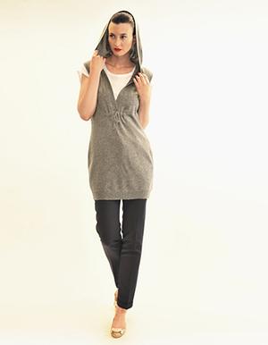 Sleeveless hoodie, silver grey.jpg