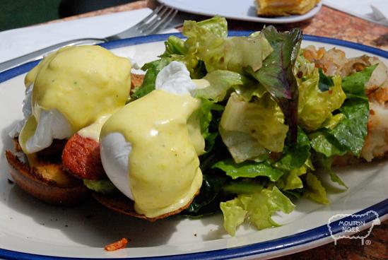 Huevos Ahogados kinda like the Mexican version of  eggs benedict