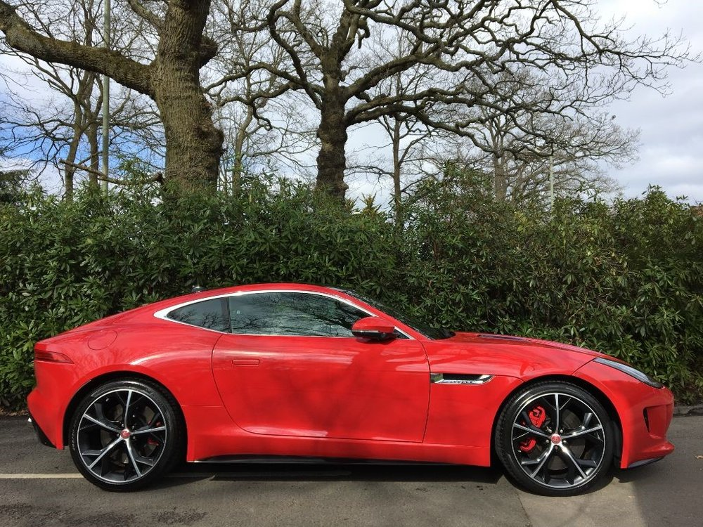 jaguar-f-type-coupe-petrol_38495405.jpg