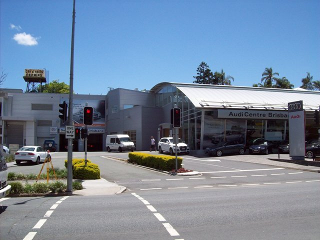 Ferrari & Audi Centre, Wickham Street, Fortitude Valley, Hutchinson Builders 1.jpg
