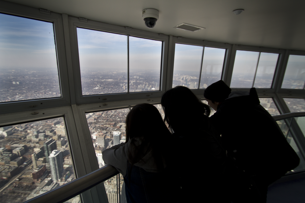 147 stories up \\ Skypod, the highest viewing point