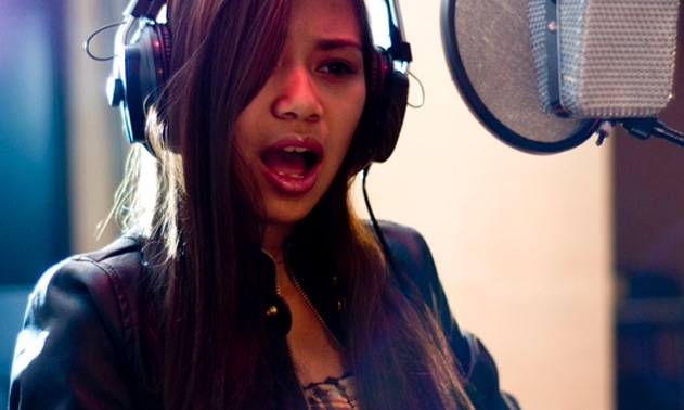 Jessica-Sanchez-DontStop.jpg