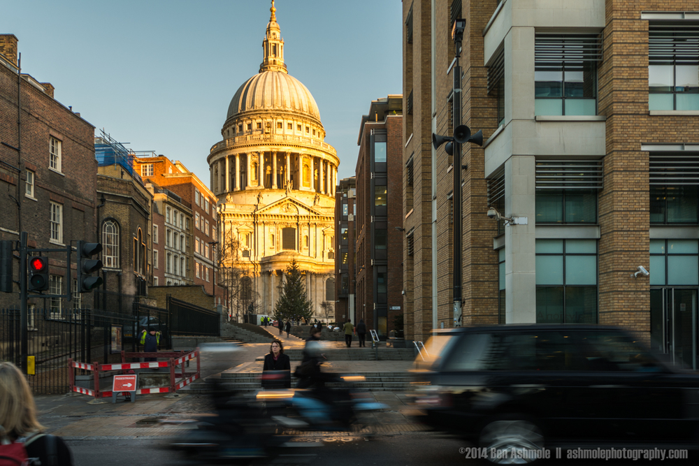 St Paul's Traffic, London, UK