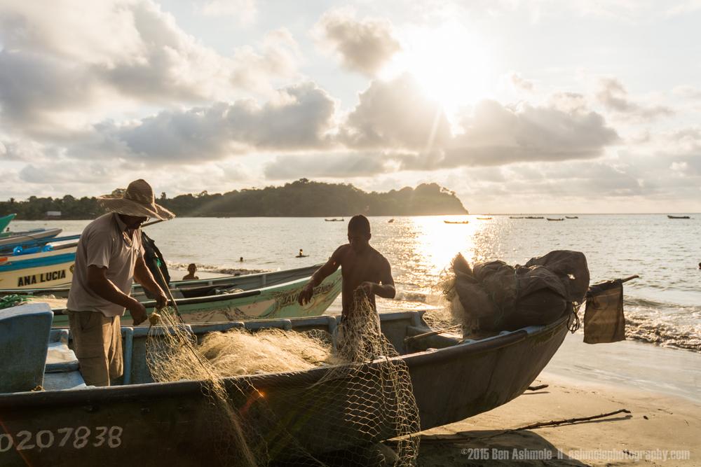 Fixing The Fishing Nets 2, Mompiche, Ecuador