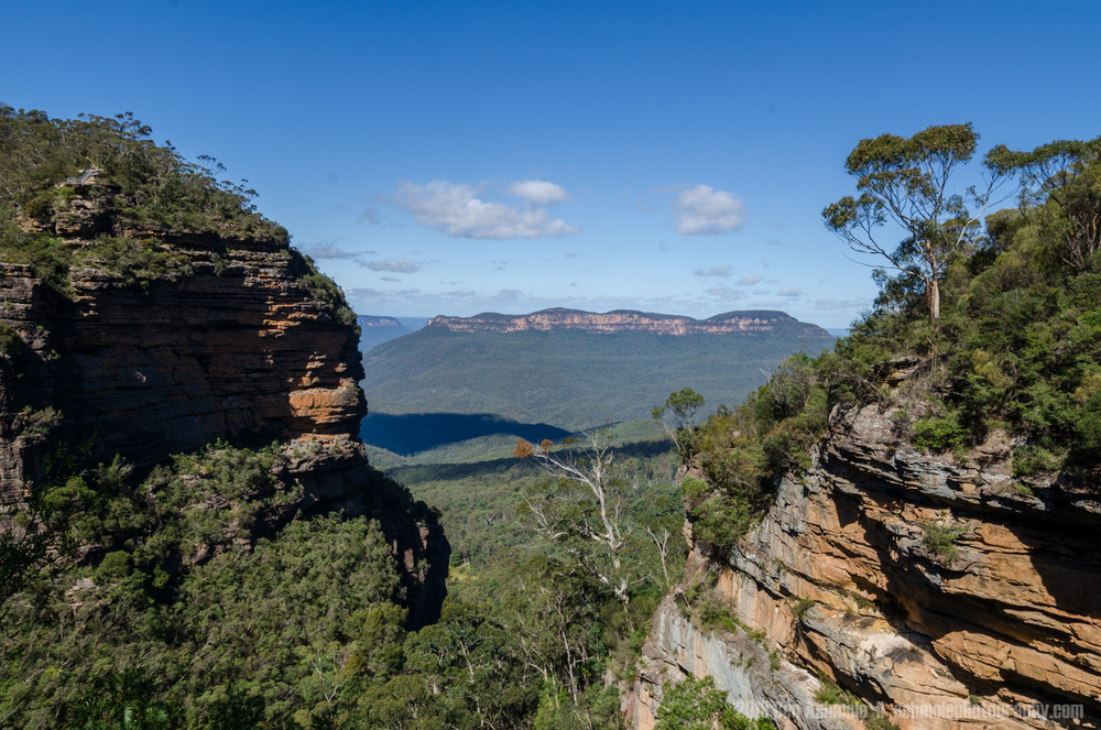 Peak Through The Valley, Blue Mountains, New South Wales, Austra