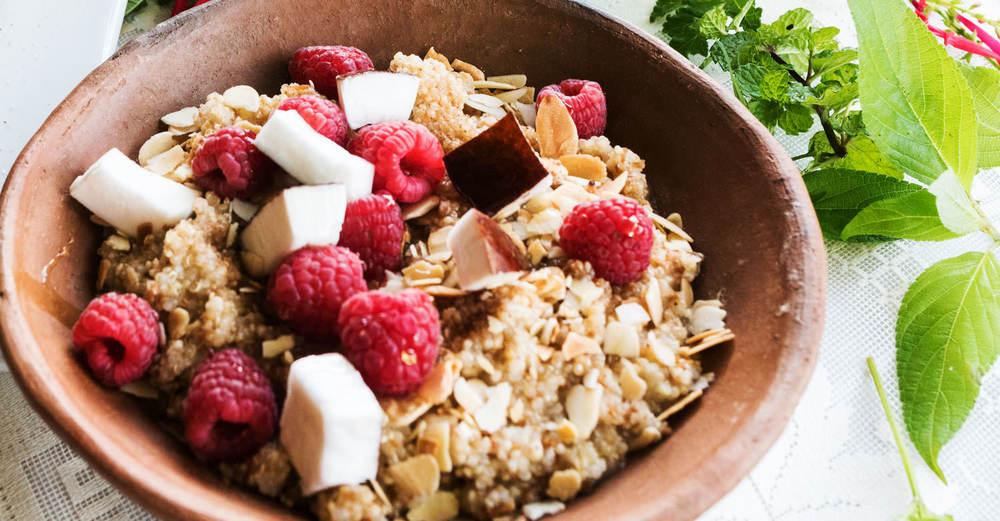 coconust-quinoa-porridge.jpg