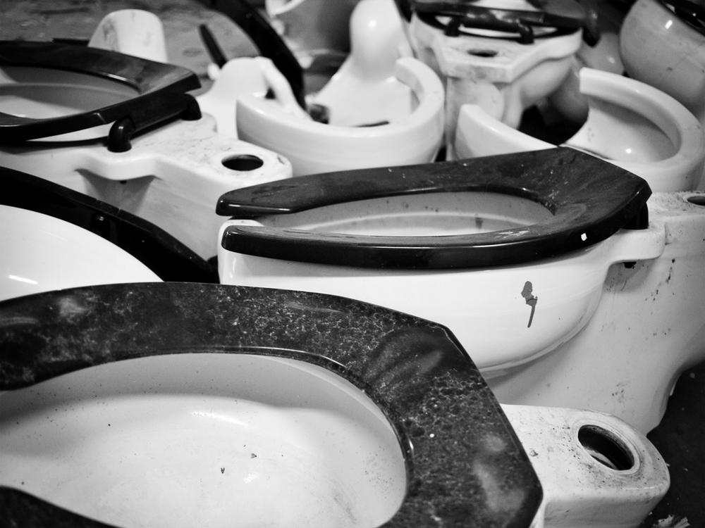 Porcelain Noir