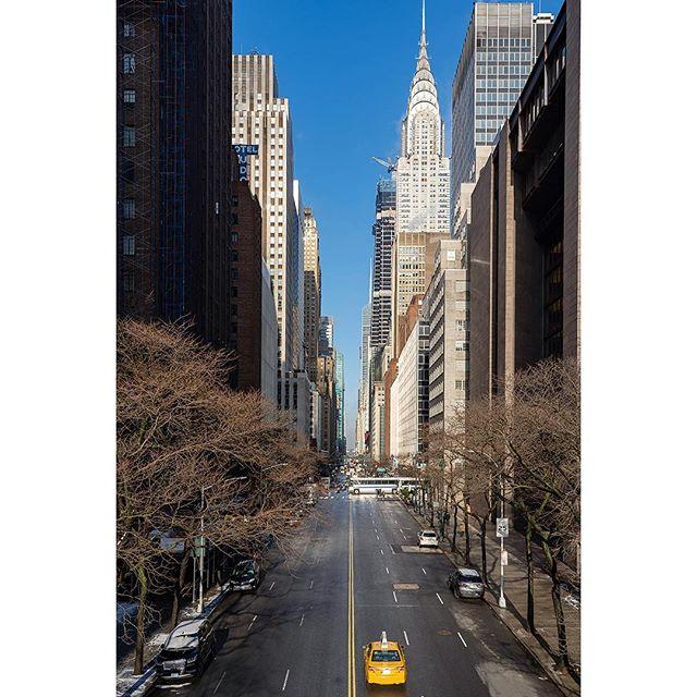 • • • • • #newyorkcity #manhattan #ny #nycprimeshot #what_i_saw_in_nyc #ig_nycity #newyork_instagram #icapture_nyc #instagramnyc #made_in_ny #topnewyorkphoto #nycdotgram #iloveny #newyorker #newyork_ig #seeyourcity #wildnewyork #loves_nyc #igersofnyc #newyorknewyork #sonyalpha #ig_color #sonya7iii #a7iii #yesnycgo #nycskyline #explorenyc #nycwinter #winterinnyc #nycstreets