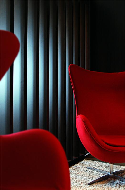 NOMAA106_egg chair arne jacobsen.jpg