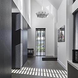 NOMAA haringbuys aerdenhout n201 zandvoorterweg gezina van der molenlaan stijlvol wonen modern landelijk strak riet stuc wit zwart architect interieur_ICON.jpg