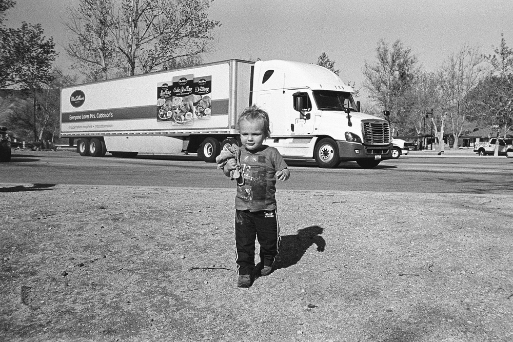 ^^ Grapevine truck stop to stretch legs, eat snacks and change Sawyer's diaper.