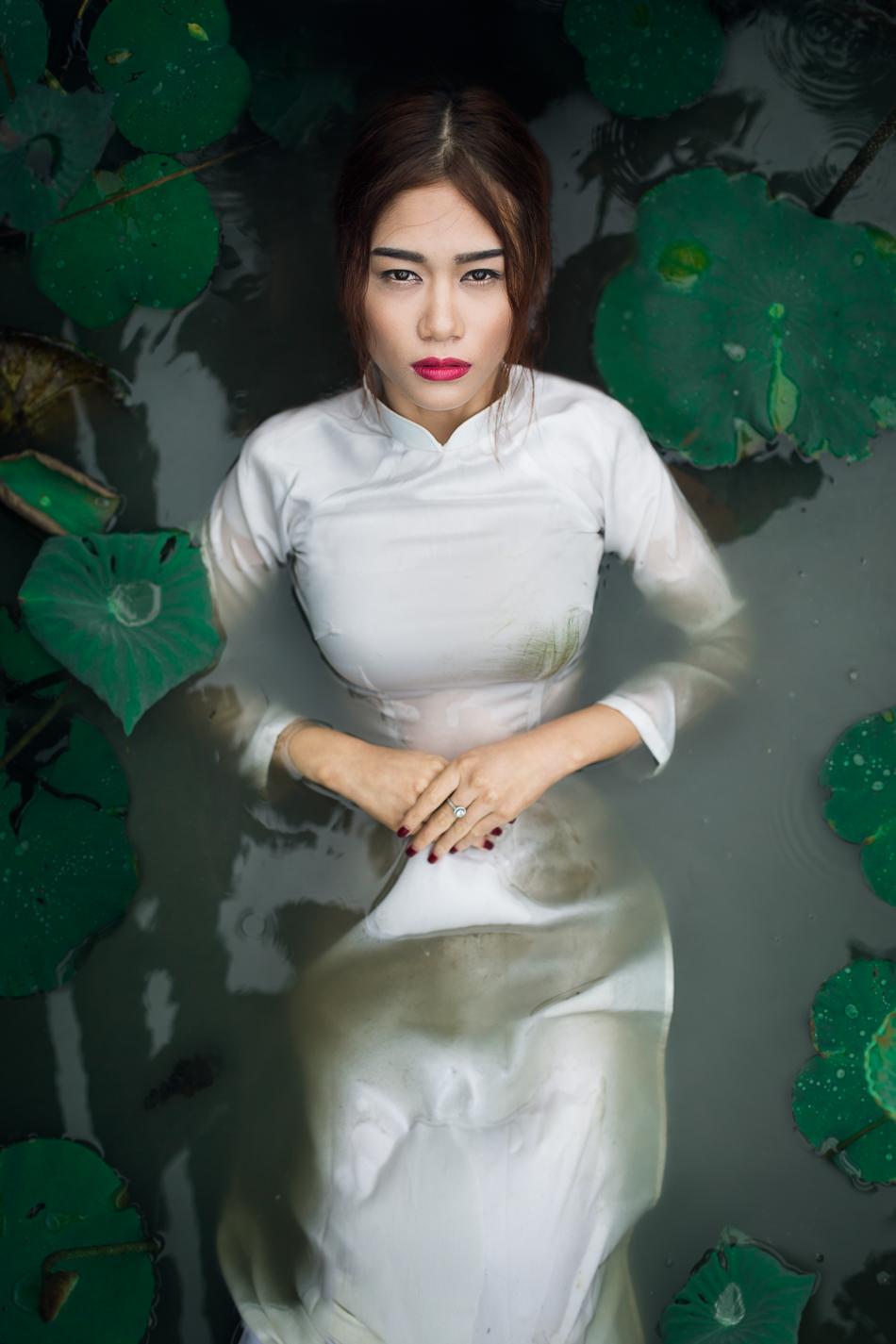 Photo: Atte Tanner Photography / Model:Trần Ngọc Bích / Hair & Make-up:Khang Khang Make Up