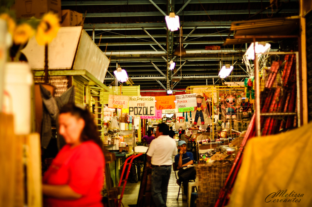 Typical indoor market in a nearby neighborhood.