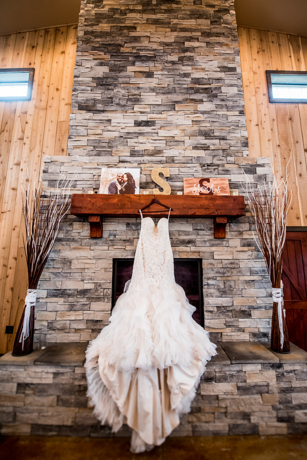 Burlington Iowa Wedding Midwest Photographer Melissa Cervantes _ Chantelle and Isaiah 1.jpg