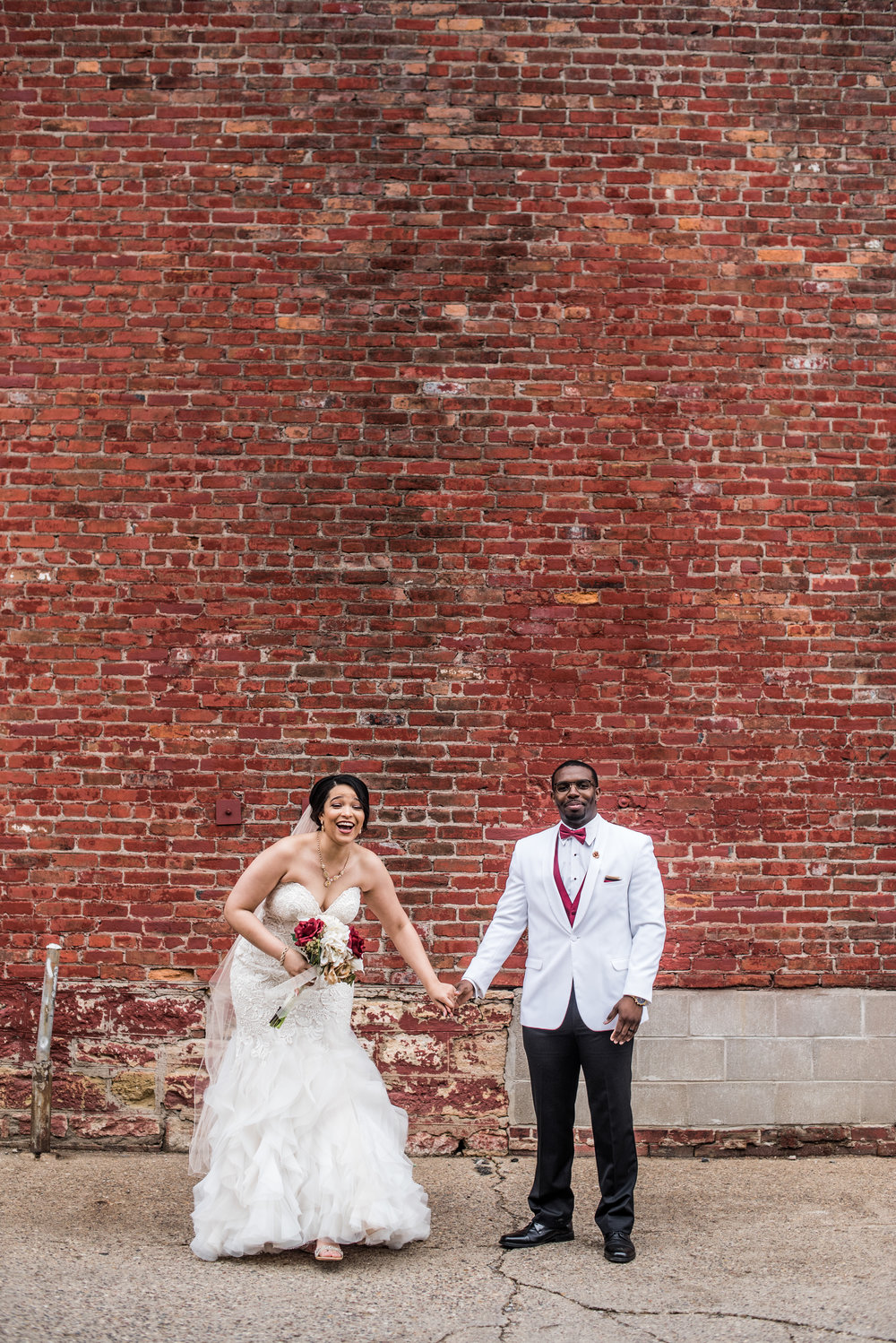 Burlington Iowa Wedding Midwest Photographer Melissa Cervantes _ Chantelle and Isaiah 243f.jpg