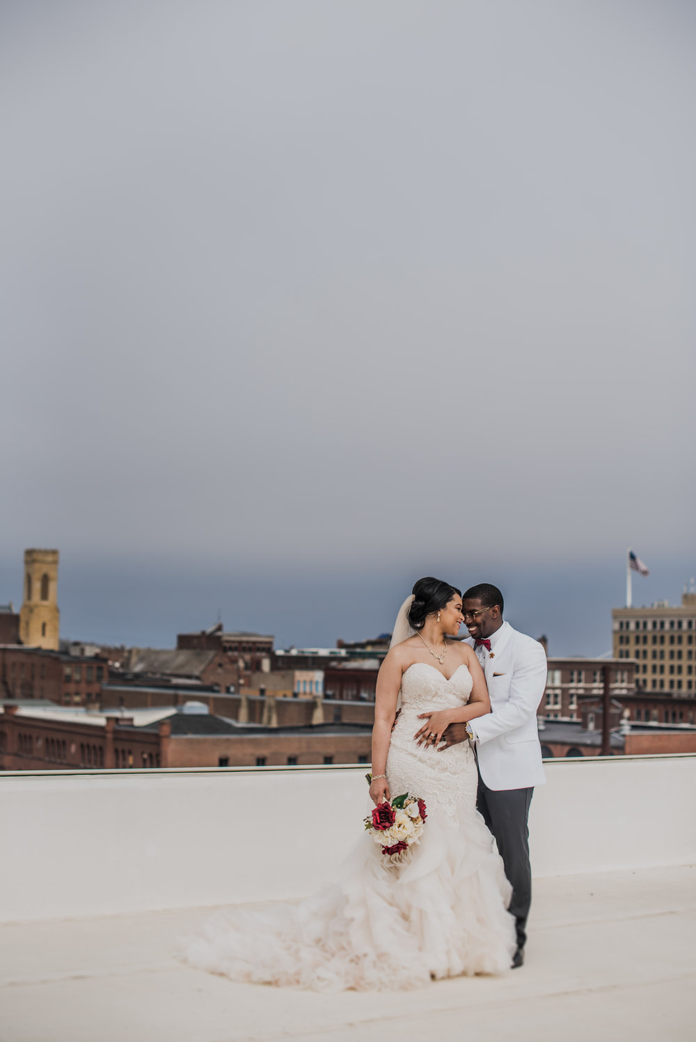 Burlington Iowa Wedding Midwest Photographer Melissa Cervantes _ Chantelle and Isaiah 291s.jpg