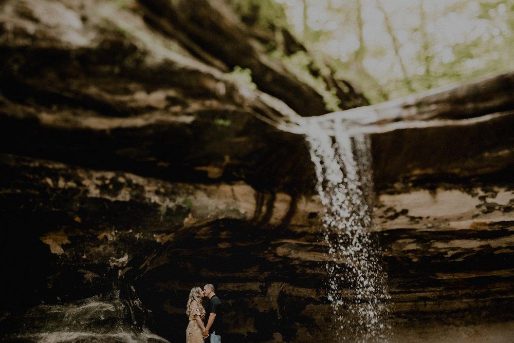 Melissa Cervantes Photography Iowa, Midwest + Destination Wedding Photographer - -43554.jpg