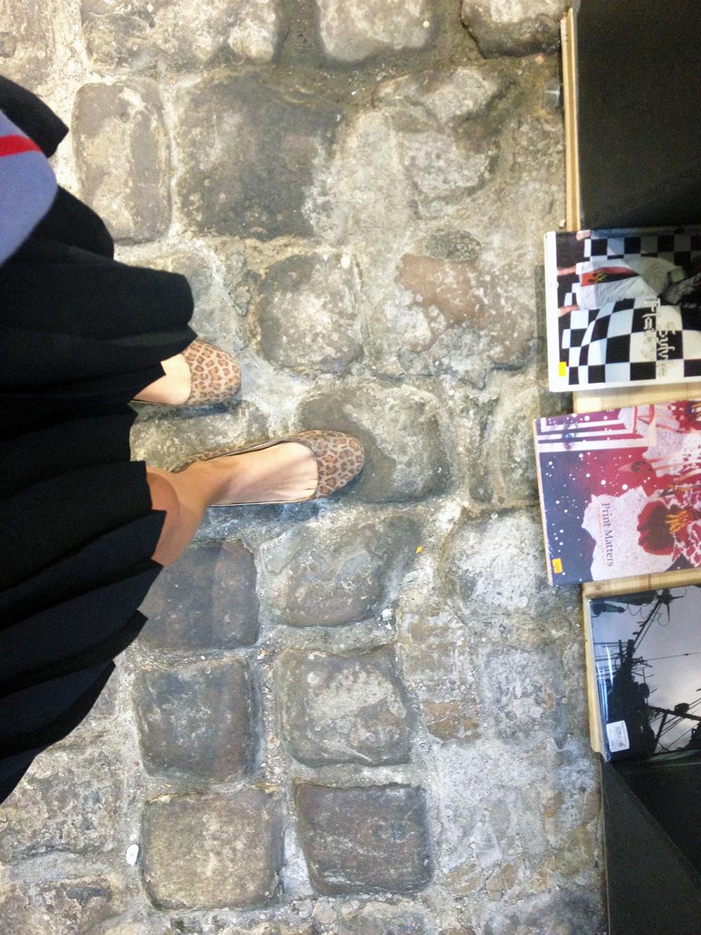 Bookshop in Paris / Second Floor Flat