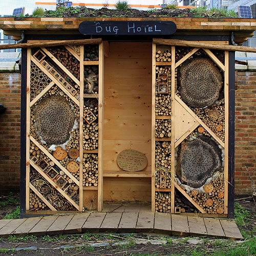 Bug Hotel, Spitalfields City Farm - secondfloorflat.com