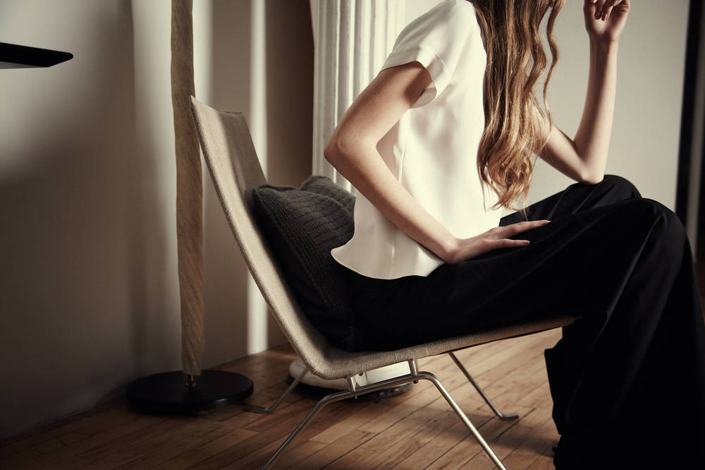 full_Editorial_v1.18_Scandinavian_Design_Linen_Chair_Model.jpg