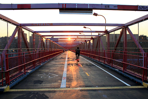 Williamsburg Bridge, New York in 2010