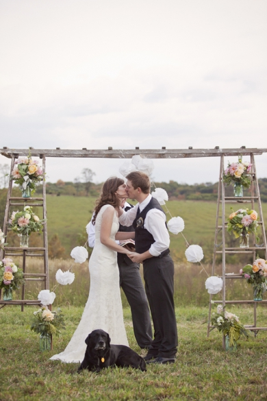 This Modern Romance via Southern Weddings