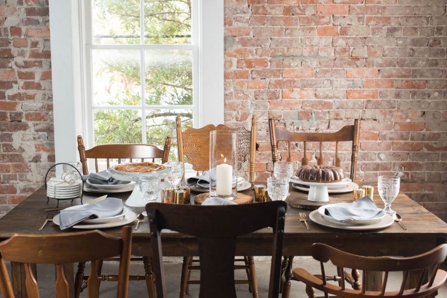 Friendsgiving Styled Shoot-0036.jpg