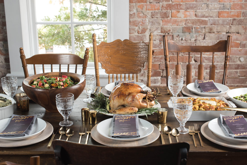 Friendsgiving Styled Shoot-0015.jpg