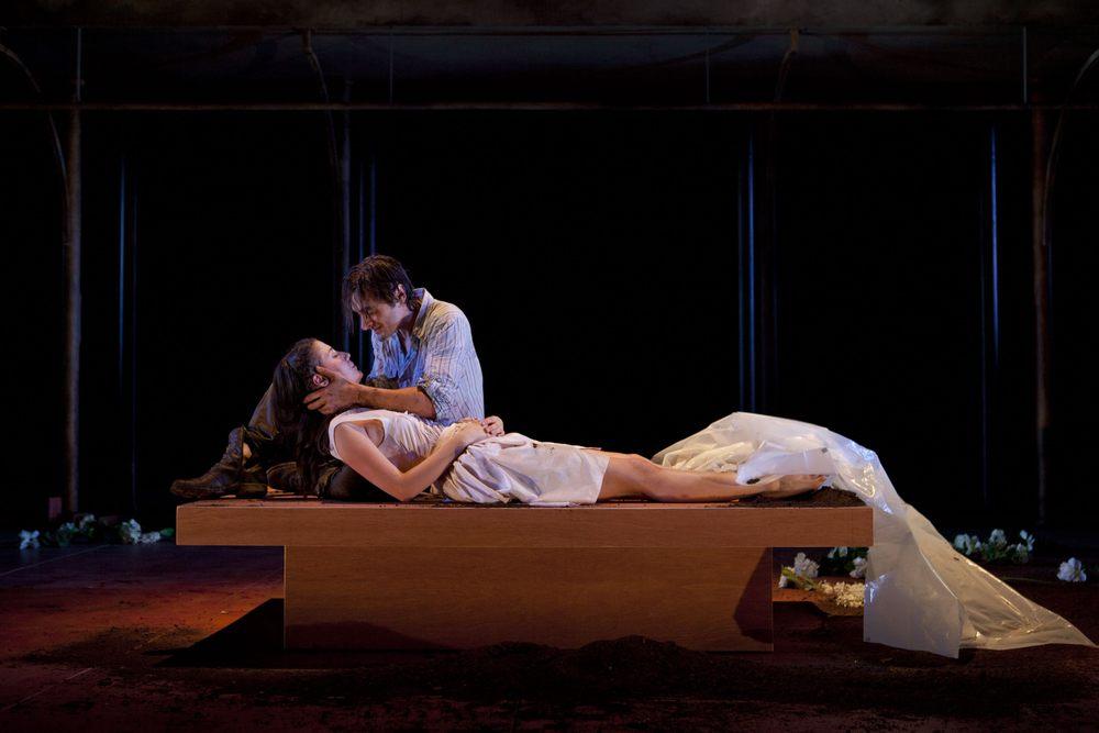 Romeo _ Juliet YRT 893.jpg