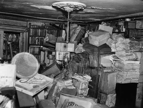 Inside the clutter-filled brownstone where the brothers Homer and Langley Collyer were found dead amid their possessions in 1947. Photo: Associated Press