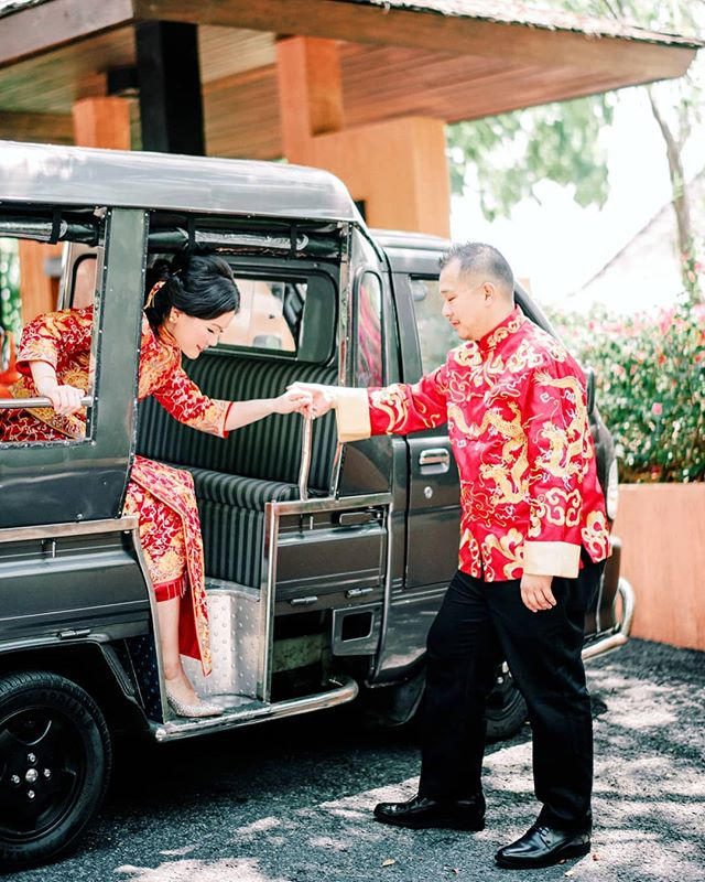 From CK and Xiao Yi's wedding at @sripanwa #thailand . I ❤ everthing about this wedding. From their traditional #chinesequa #tuktuk to one of the most amazing couple I have met!! It was such a privilege and I am so honoured to be a part of your #weddingday . . destinationweddingphotographer  #destinationwedding #contax645 #filmphotographer #fineartcuration #weddingplanner #weddingceremony #phuketwedding #sripanwa #sri sripanwawedding #destinationweddingstylist #weddingstylist #destinationweddingplanner #parisprewedding #provencewedding #spainwedding #bridegroom #chinesewedding #doctorswedding #redgown #perthwedding #perthweddingphotographer #margaretriverwedding #marthastewartweddings #stylemepretty #fineartcuration #preweddingaustralia #preweddingperth