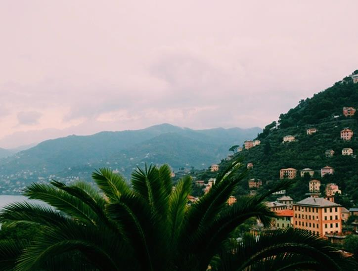 Stormy evening upon arrival at Villa Rosmarino from our terrace.