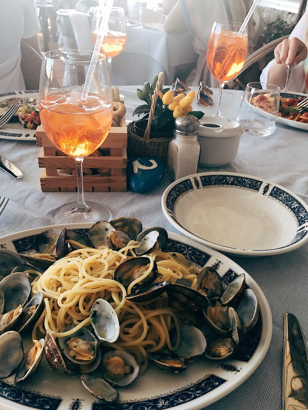 Linguine Vognole and endless Aperol Spritz at Ristorante  La Cazone del Mare .