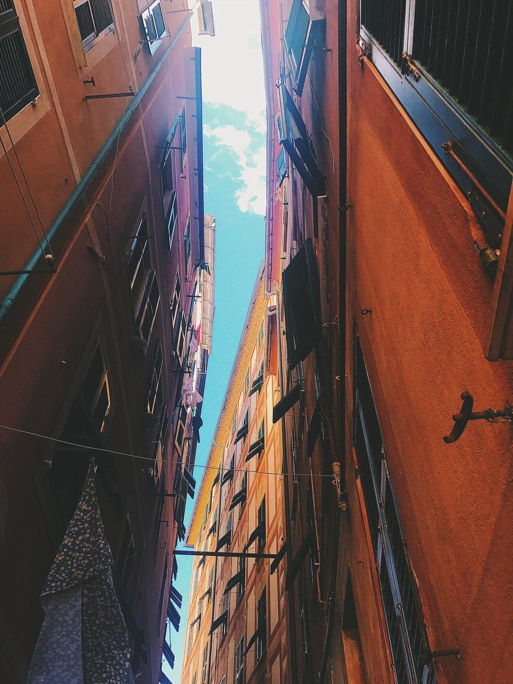 alleyways camogli