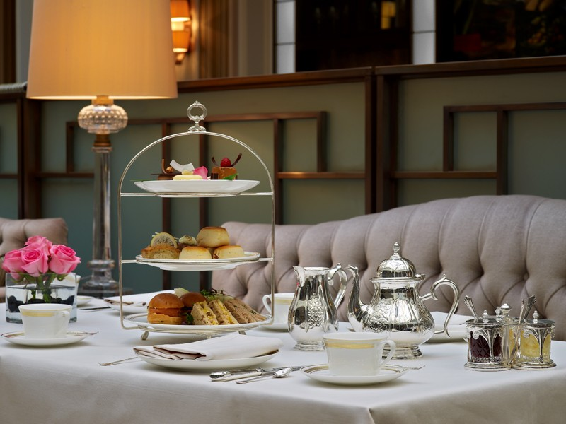 Afternoon tea at Apsley's (image courtesy of The Lanesborough)