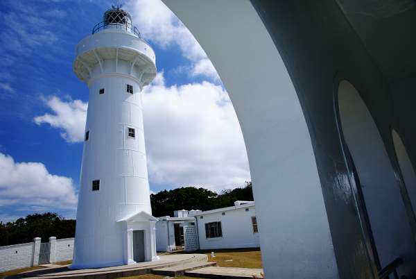 有「 東亞之光 」美譽的鵝巒鼻燈塔。(圖片來源:墾丁國家公園)