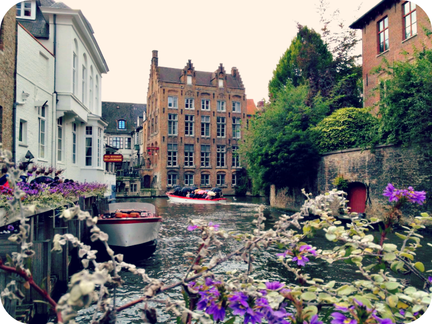 A romantic view of Bruges from the riverbank. © Eileen Hsieh