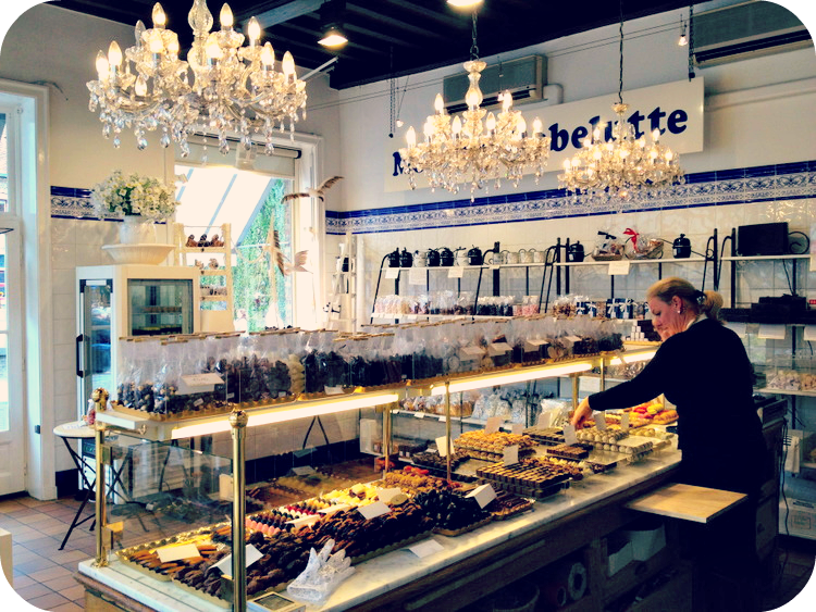 A delightful candy store overlooking the canal.  © Eileen Hsieh