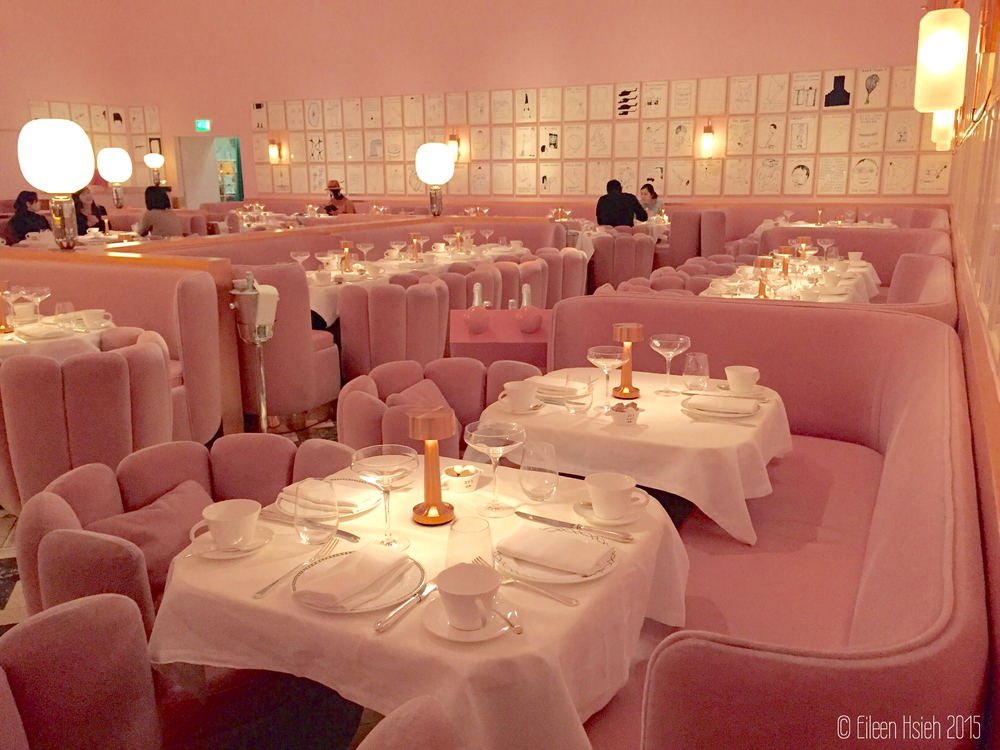 Dipped in pink, Sketch's Gallery restaurant is a doll house for adults. The Gallery 餐廳的粉紅世界。© Eileen Hsieh