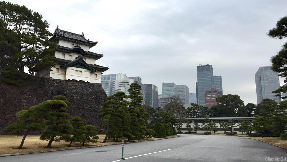 Fujimi-yagura guard building within the inner grounds of the Imperial Palace. 「富士見櫓」是江戶城的遺跡中最為古老的三層櫓樓。© Eileen Hsieh