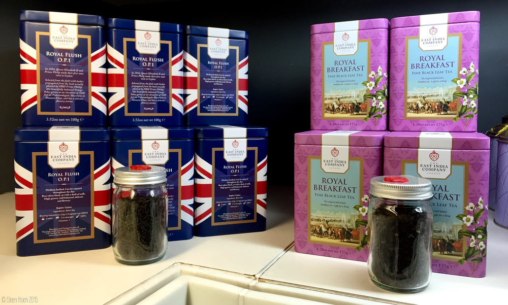 The East India Company's tea selection comes in a variety of elegant tins. 東印度公司美輪美奐的茶葉包裝。© Eileen Hsieh