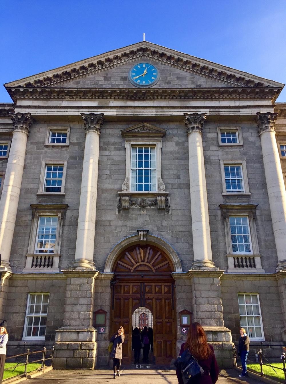 The main entrance of Trinity College Dublin.