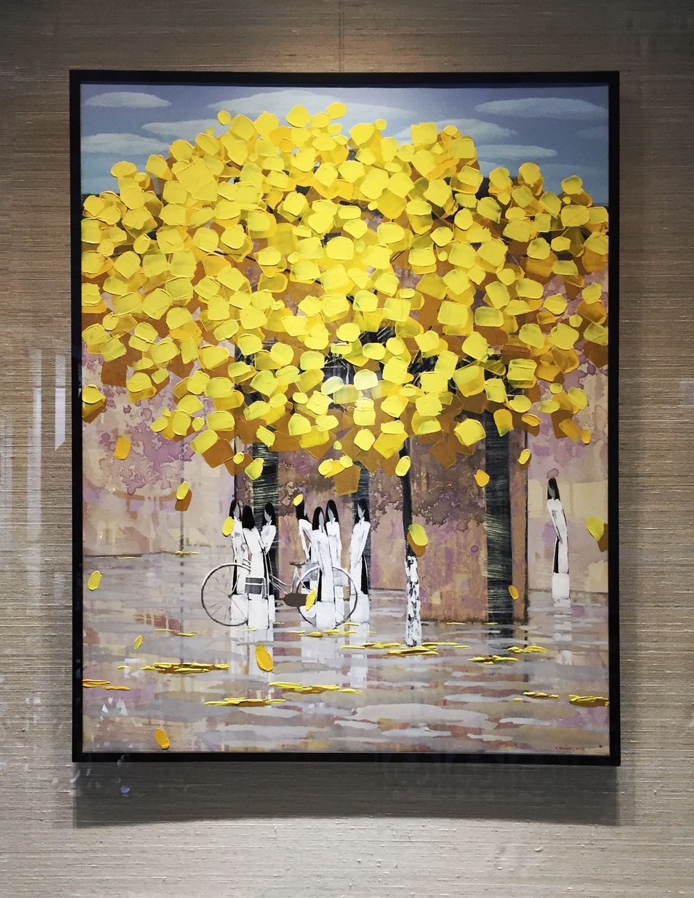 Be charmed by the stunning local arts and crafts that adorn the hotel walls.  ©  Eileen Hsieh