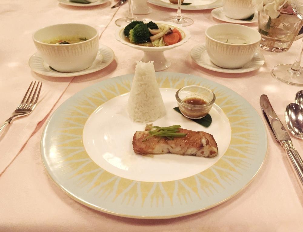 Main course: Teriyaki-style salmon. © Eileen Hsieh