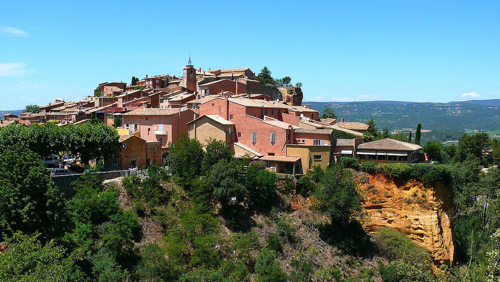 Roussillon 紅色山城露絲揚 / By Hawobo at German Wikipedia