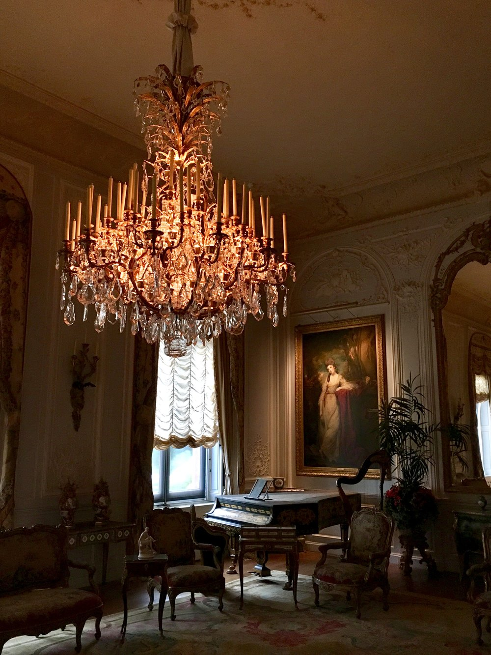 UK Waddesdon Manor chandelier National Trust French Chateau Rothschild Buckinghamshire garden chateau Eileen Hsieh Follow That Bug .jpg
